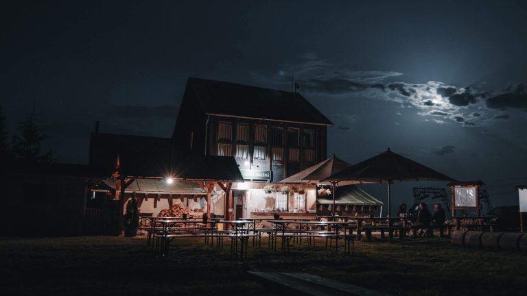 Chata Hresna noc